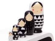 Nesting Dolls, zwart wit van Sketch Inc.